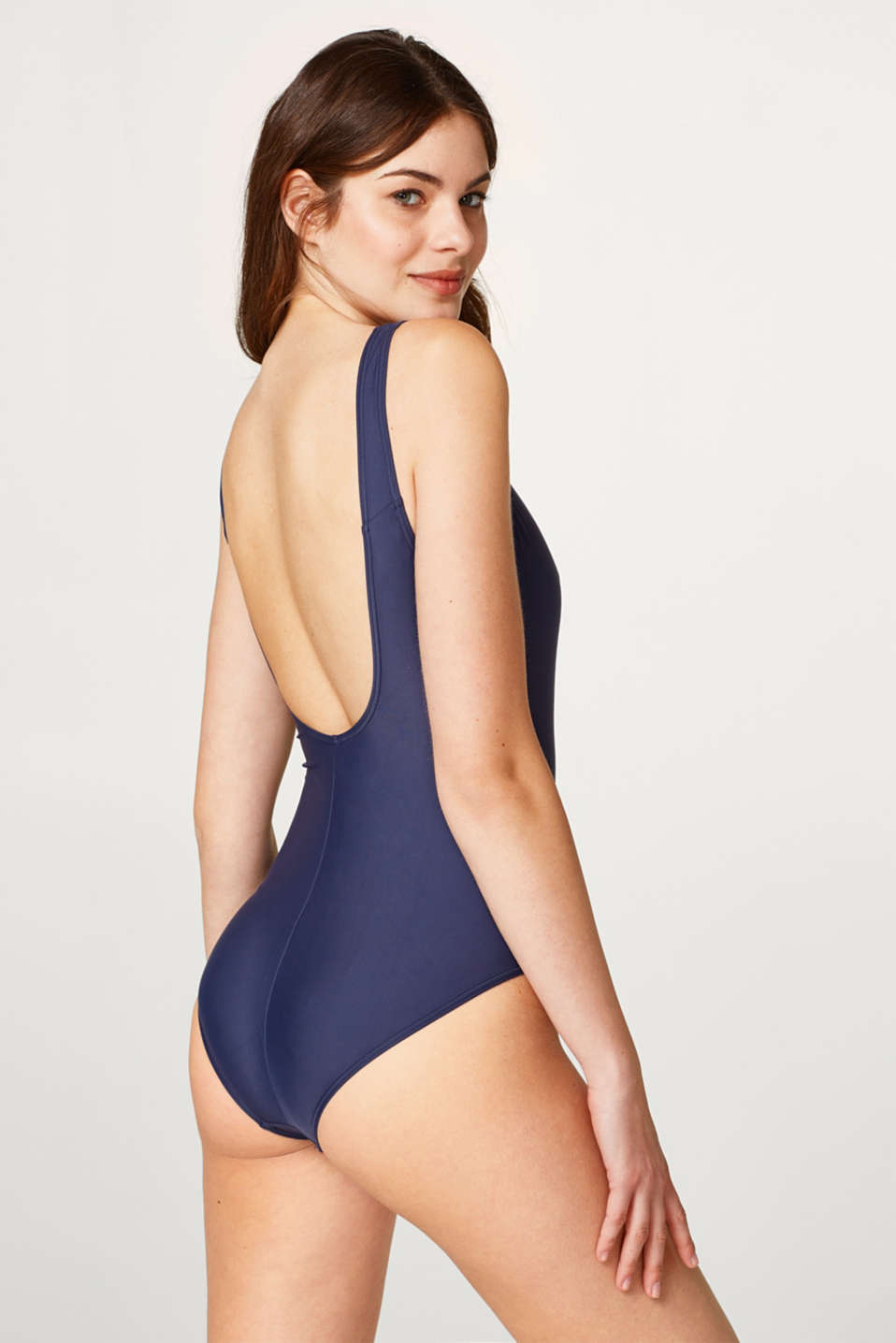 Sporty swimsuit with a tone-in-tone logo