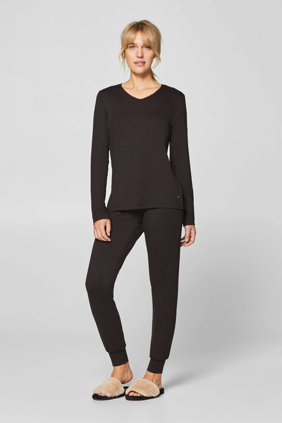 Stretch long sleeve top with a lace neckline, BLACK, detail image number 0