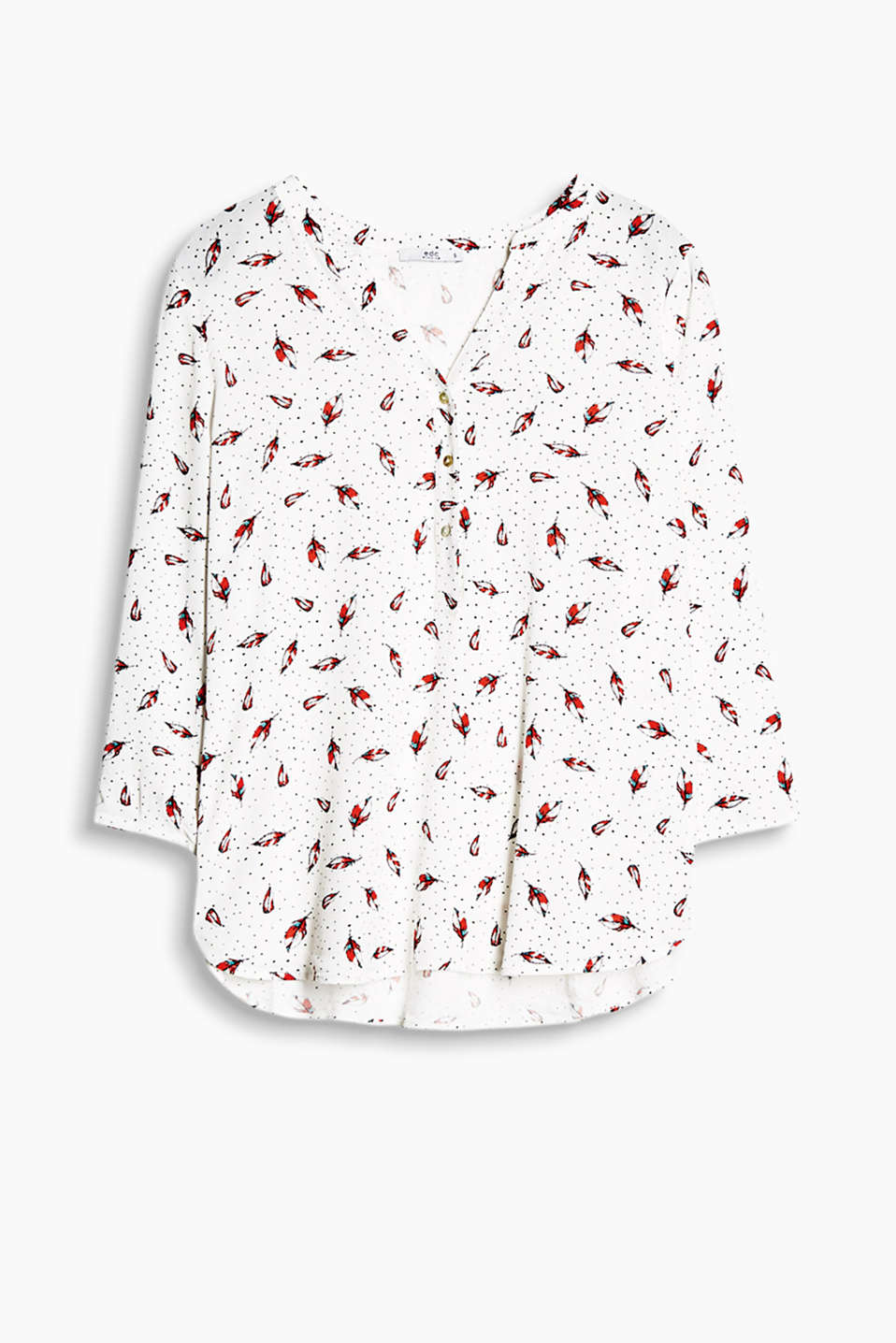 Flowing Henley-style blouse with a mother-of-pearl button placket