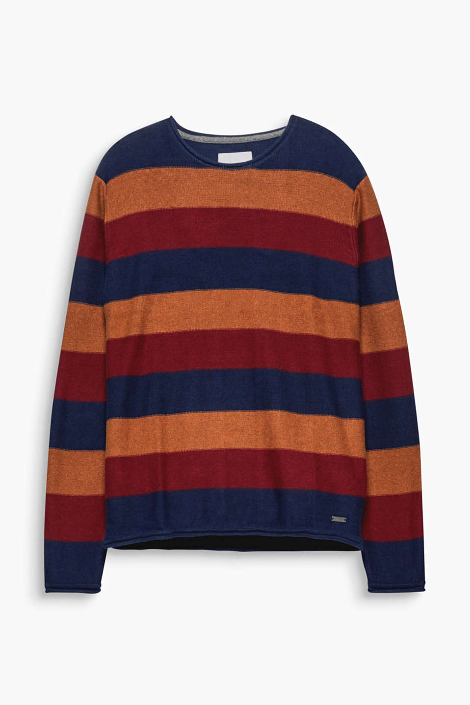 The striking blue striped look makes this knitted jumper a cool head-turner.