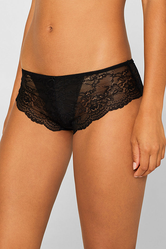 Brazilian hipster shorts made of floral lace