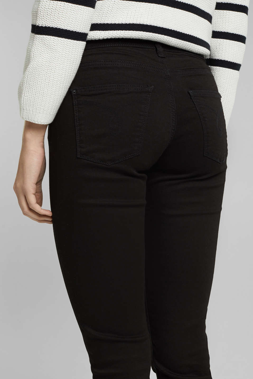 Basic stretch jeans with organic cotton, BLACK, detail image number 2