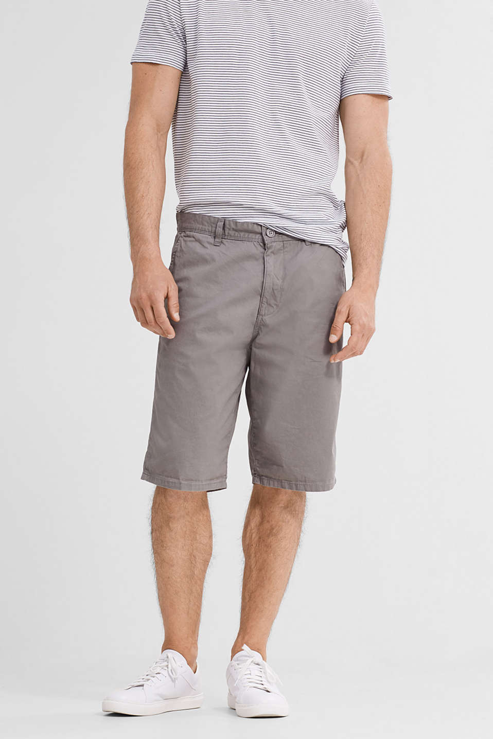 Comfortable Bermudas in 100% cotton