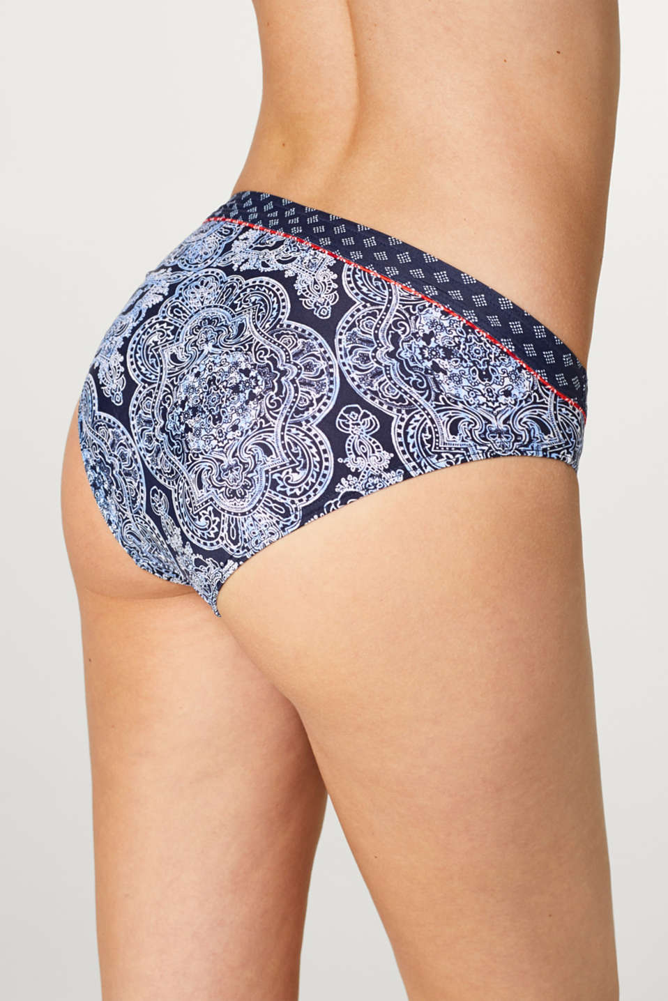 Mini briefs in a mixed pattern