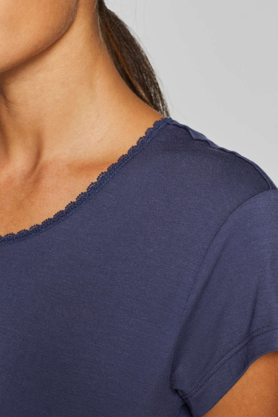 Stretch jersey top with a lace-trimmed neckline, NAVY, detail image number 2