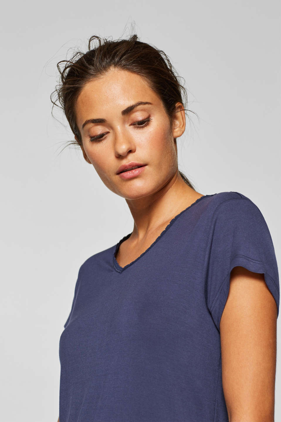Stretch jersey top with a lace-trimmed neckline, NAVY, detail image number 4