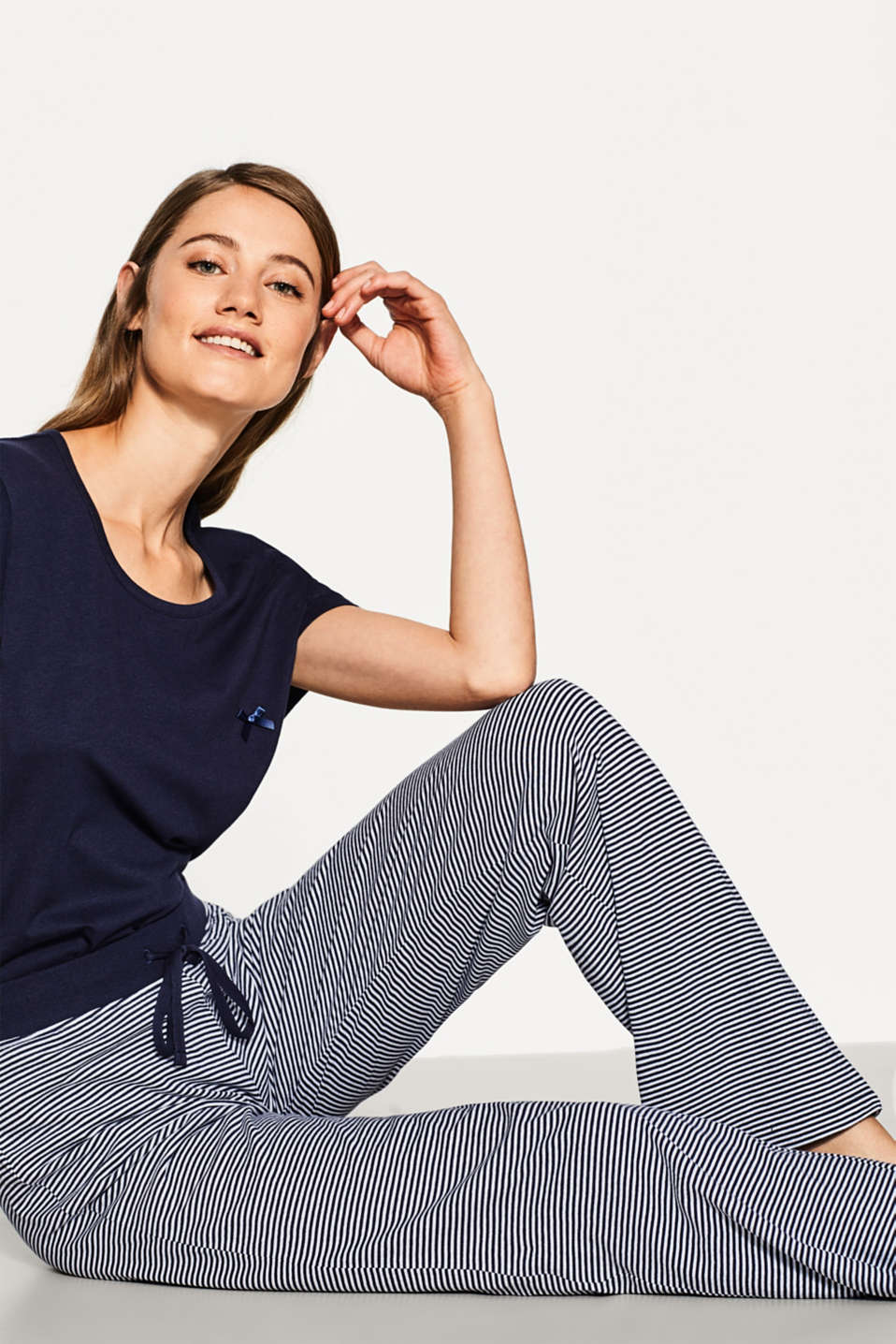 Casual jersey trousers in 100% cotton