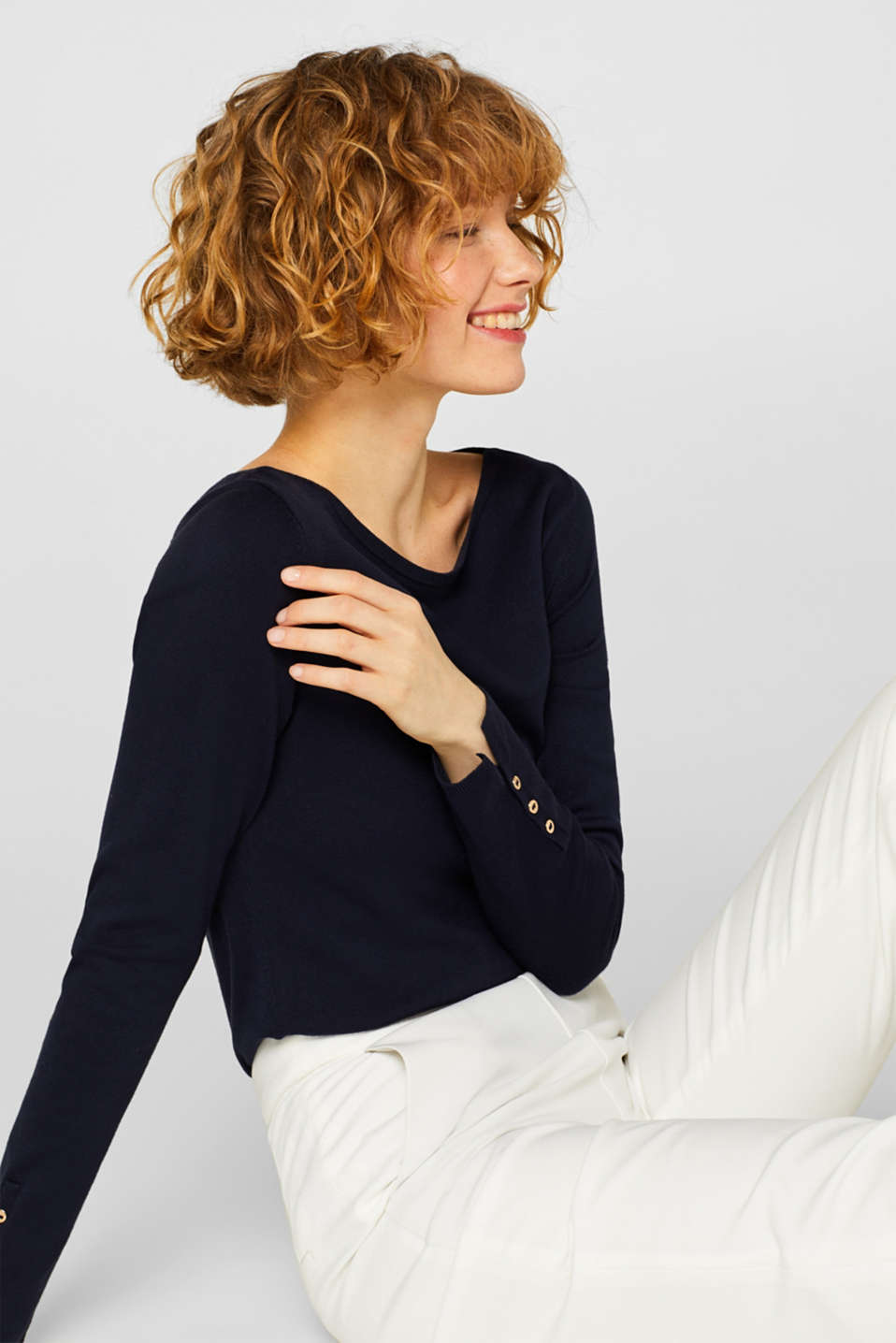 Fine knit jumper with stretch for comfort, NAVY, detail image number 2