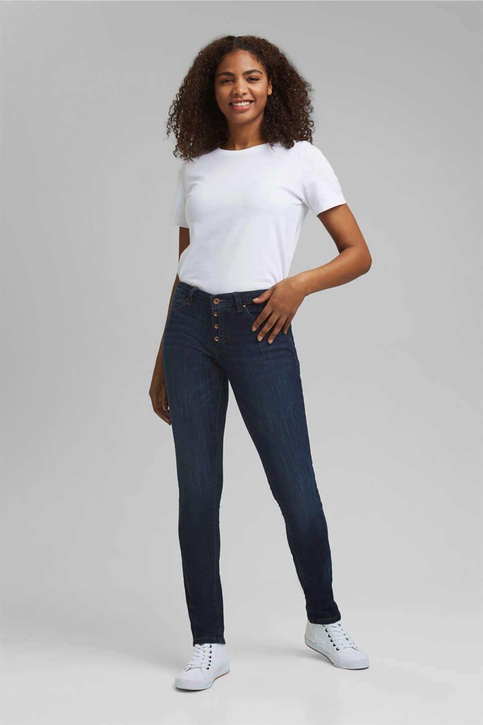 Stretch jeans with a button fly and organic cotton