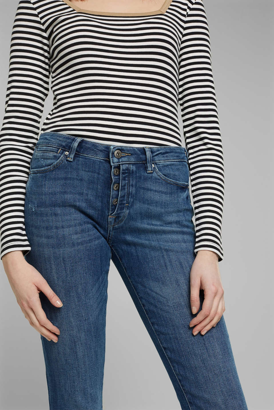 Stretch jeans with a button fly and organic cotton, BLUE MEDIUM WASH, detail image number 0