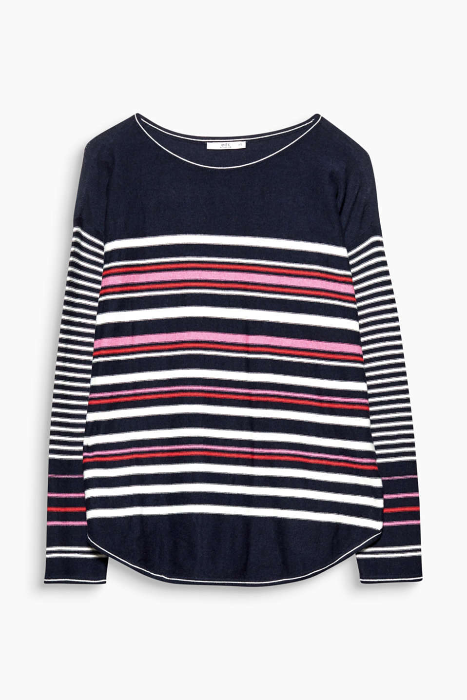 A feel-good jumper: this lightweight jumper combines different striped patterns with a casual silhouette!