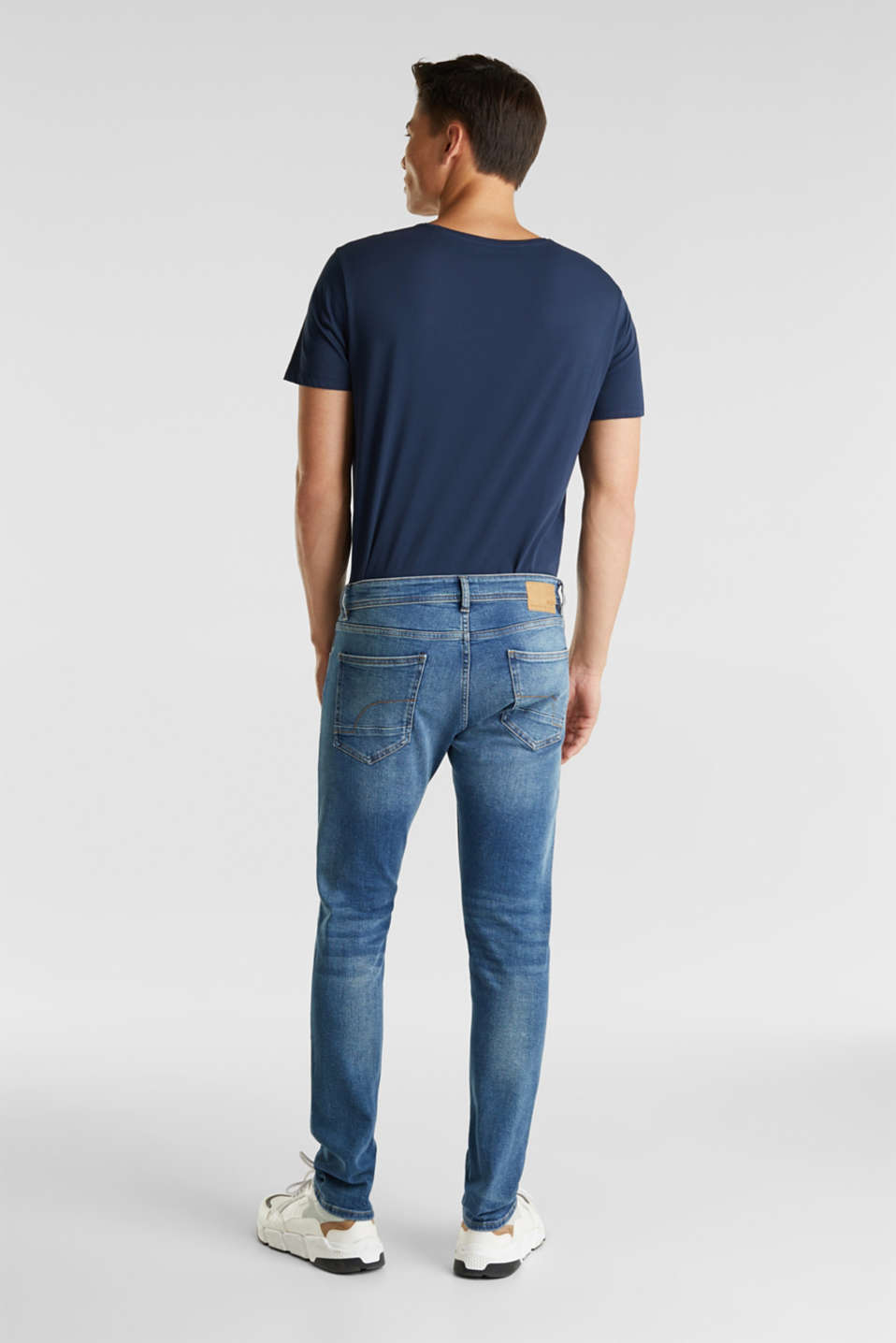 Basic jeans with stretch, BLUE MEDIUM WASH, detail image number 1