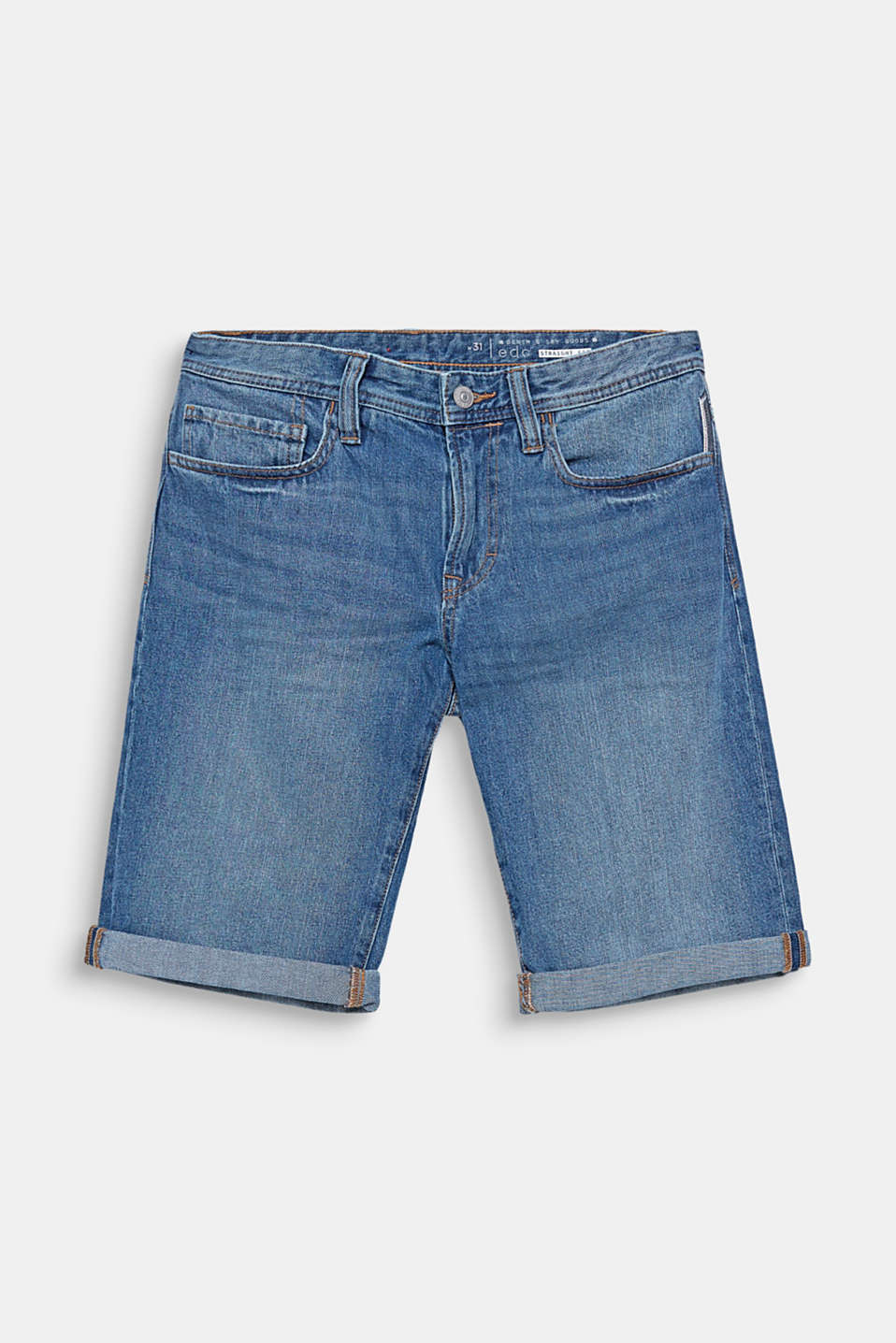 We love denim! These denim shorts impress with their lightweight denim made of environmentally friendly, high-quality organic cotton.
