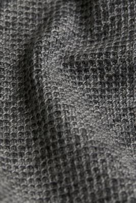 Textured jumper made of 100% cotton