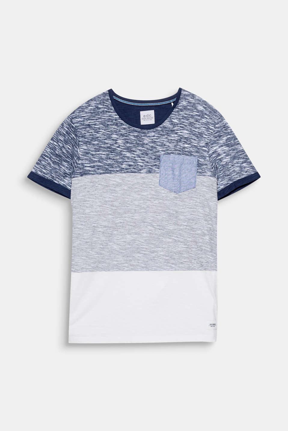 A casual basic that no wardrobe should be without: The exquisite mix of textures makes this T-shirt extremely eye-catching.