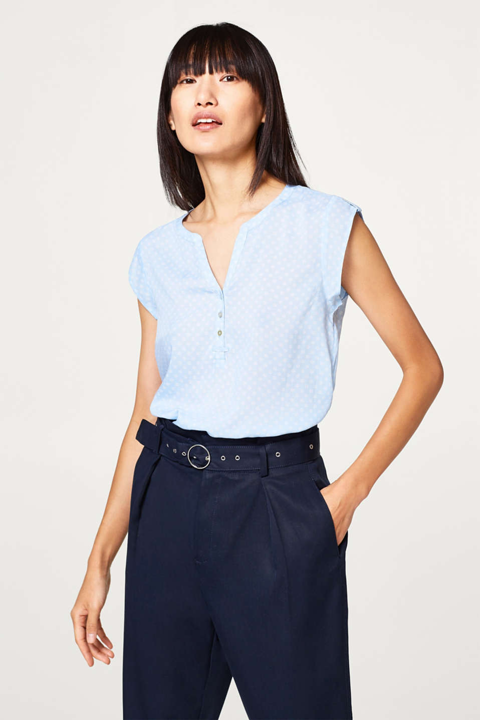 Esprit - Airy blouse top with mini print
