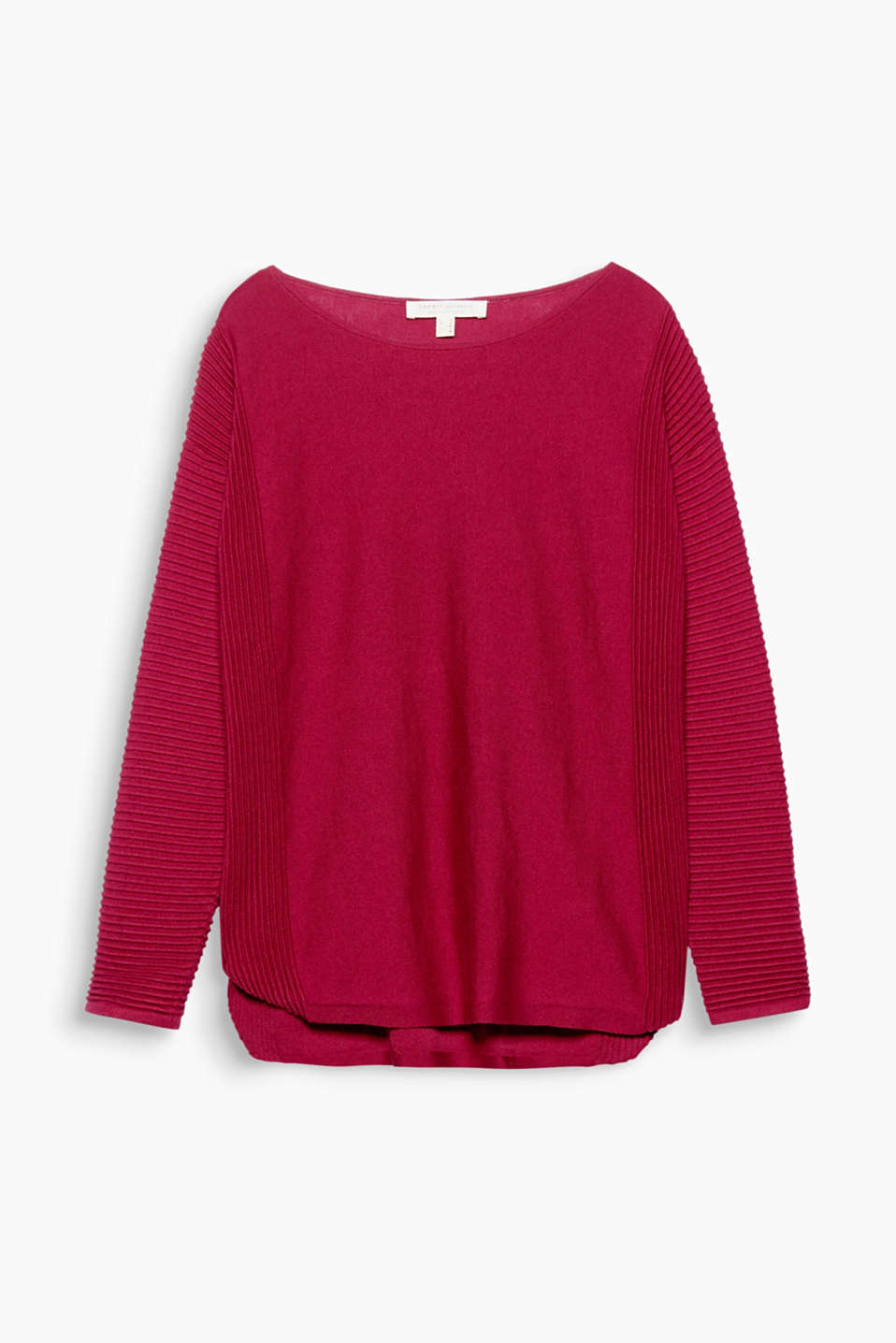 This lightweight jumper in a striking texture mix with a rounded hem is the perfect essential!
