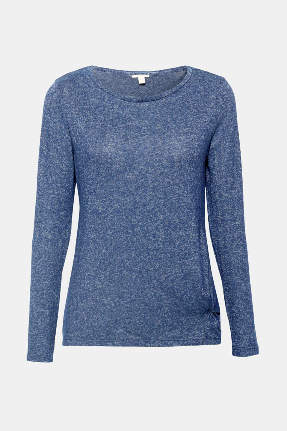 Super soft, fashionable melange finish, feminine draping: a knot detail on the side above the hem adds an additional fashion highlight to this cuddly, lightweight long sleeve top with a melange finish!