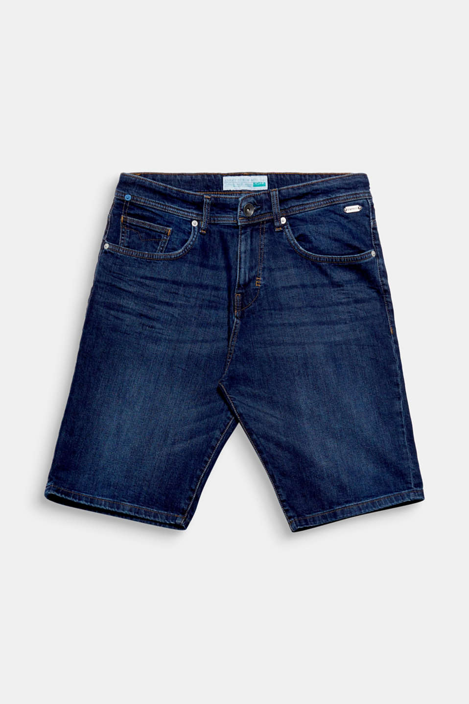 Your summer essential: Bermuda shorts made of soft organic cotton