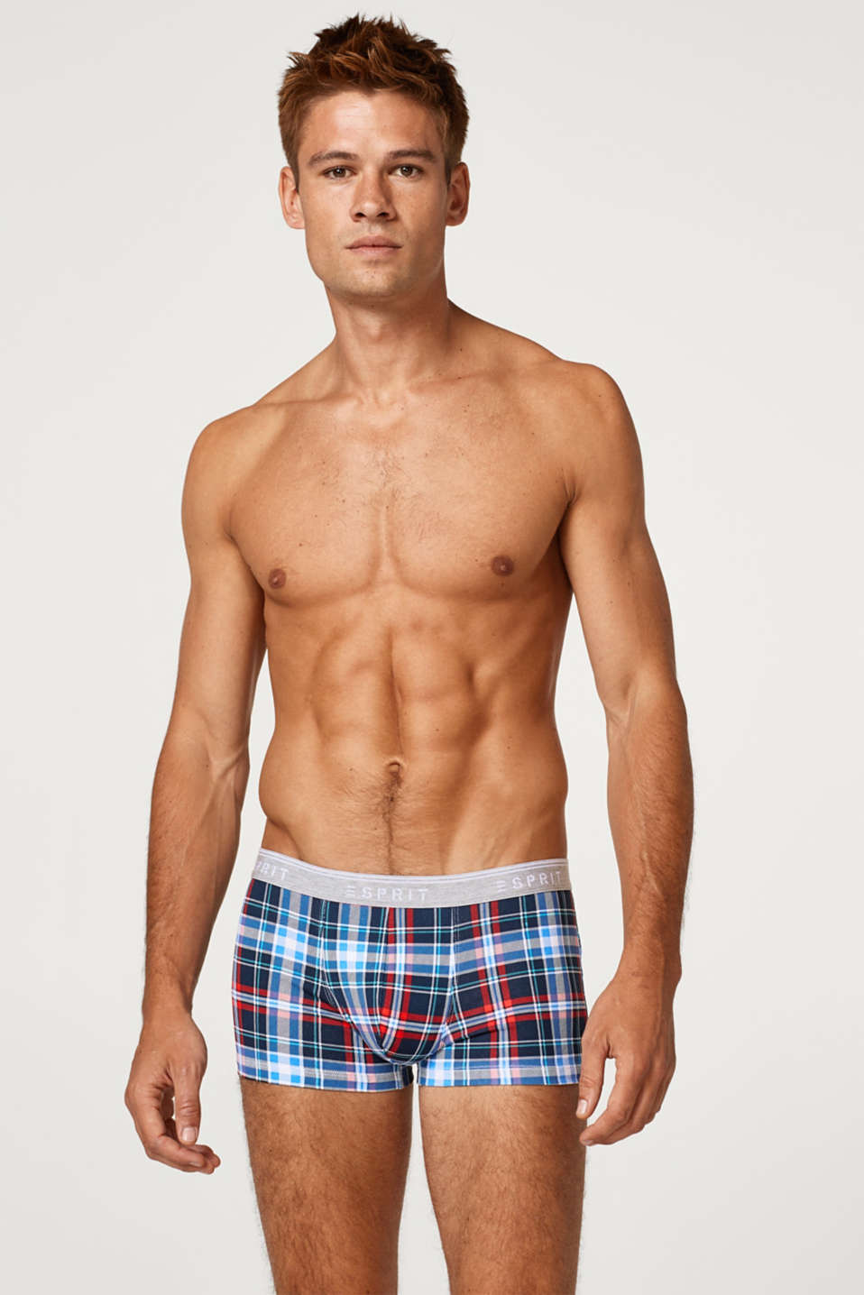 Esprit - Hipster shorts with a trendy check print