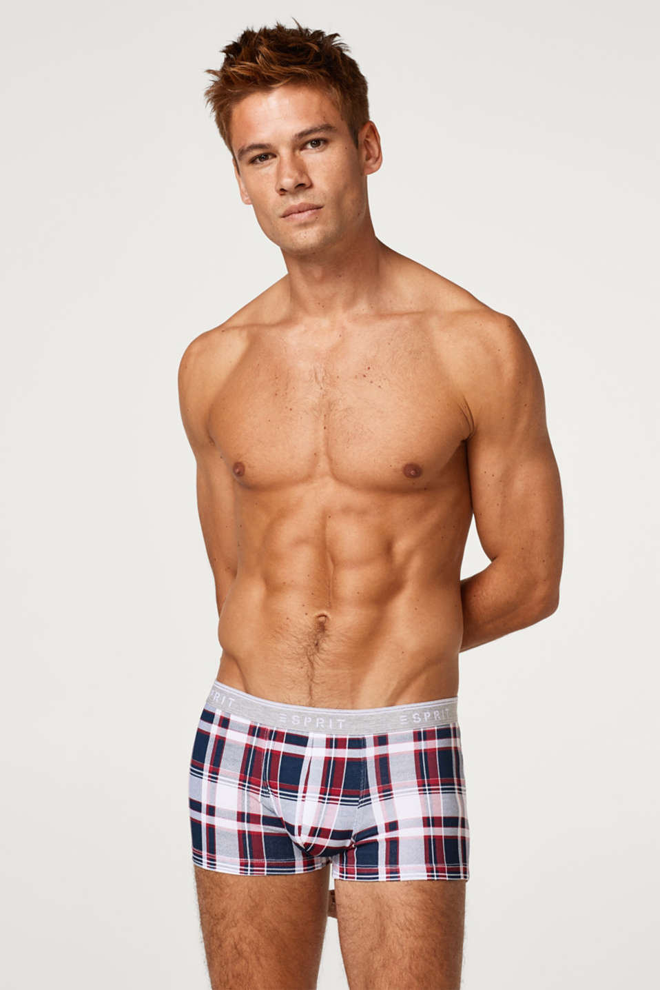 Esprit - Hipster shorts with a distinctive check print