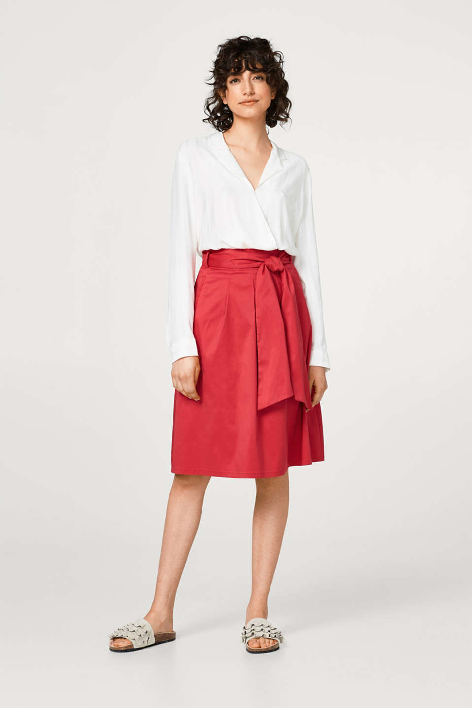 A-line chintz skirt + bow-fastening belt