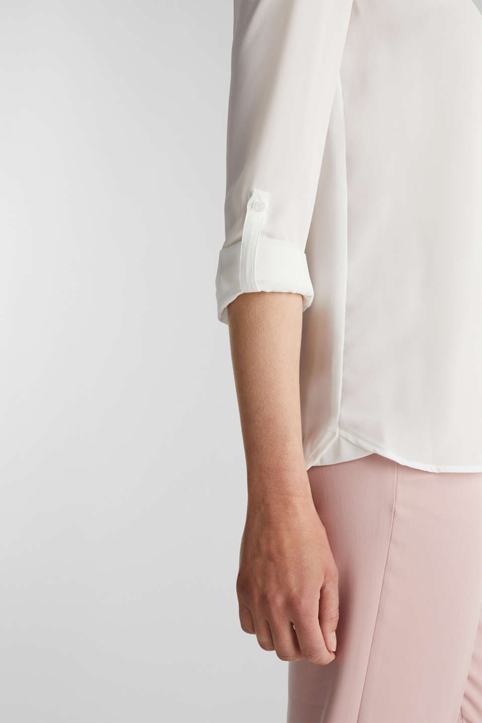 Shirt blouse made of fine crêpe, OFF WHITE, detail image number 2