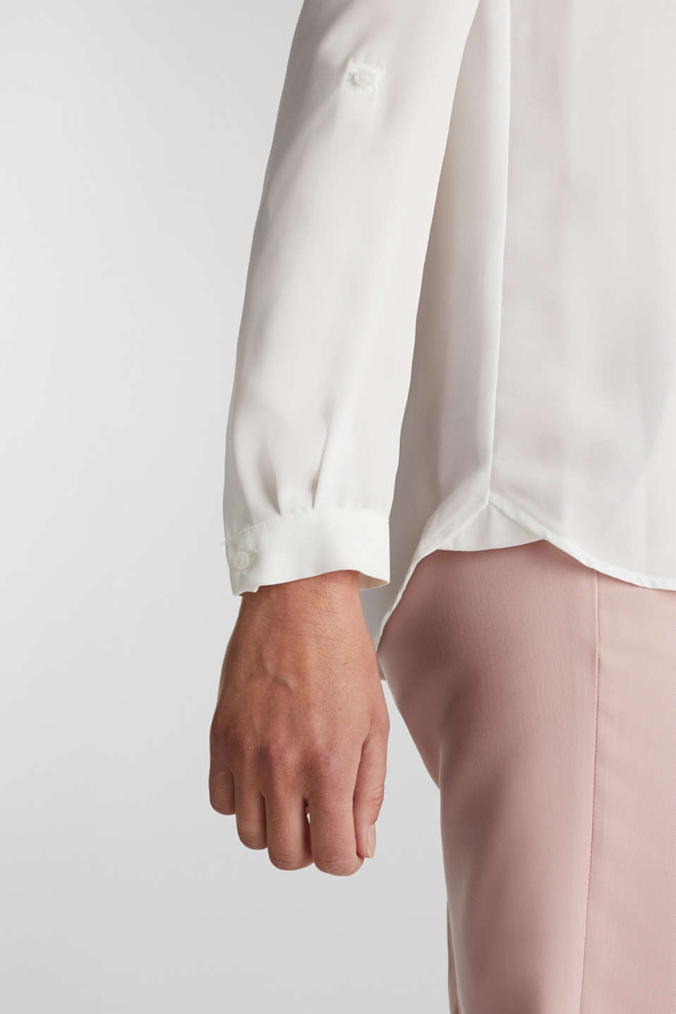 Shirt blouse made of fine crêpe, OFF WHITE, detail image number 5