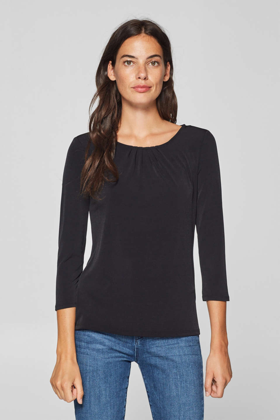 Esprit - Stretch tee with a pleated neckline