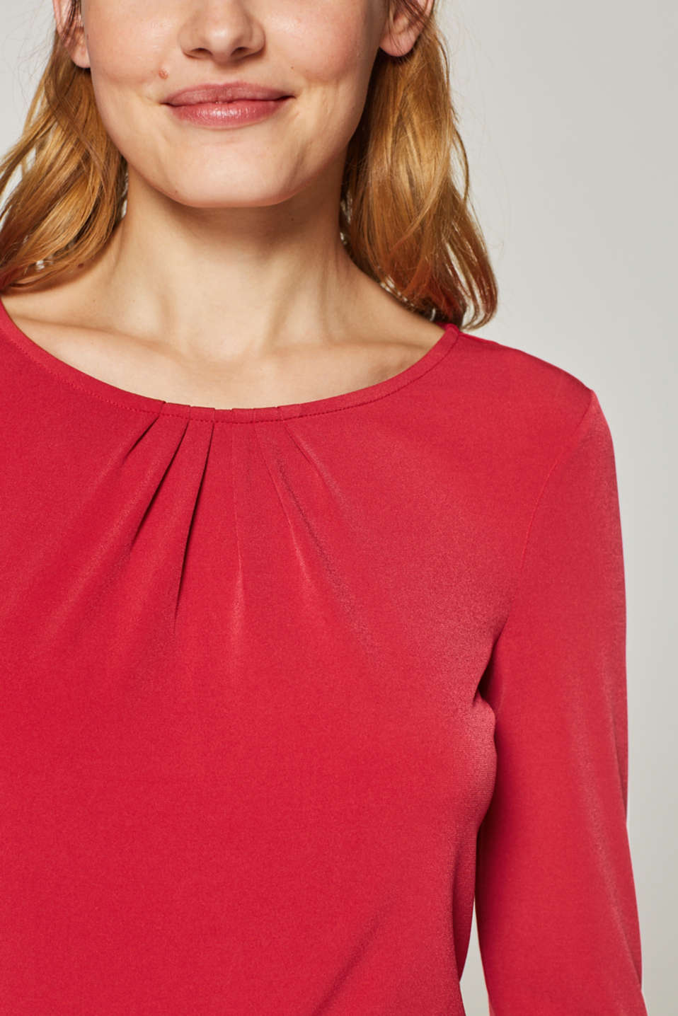 Stretch tee with a pleated neckline, DARK RED, detail image number 2