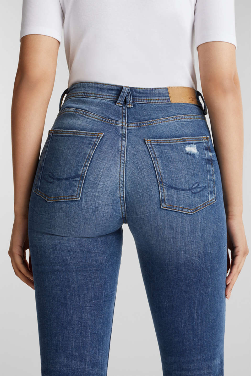 Stretch jeans with vintage effects, BLUE MEDIUM WASH, detail image number 2