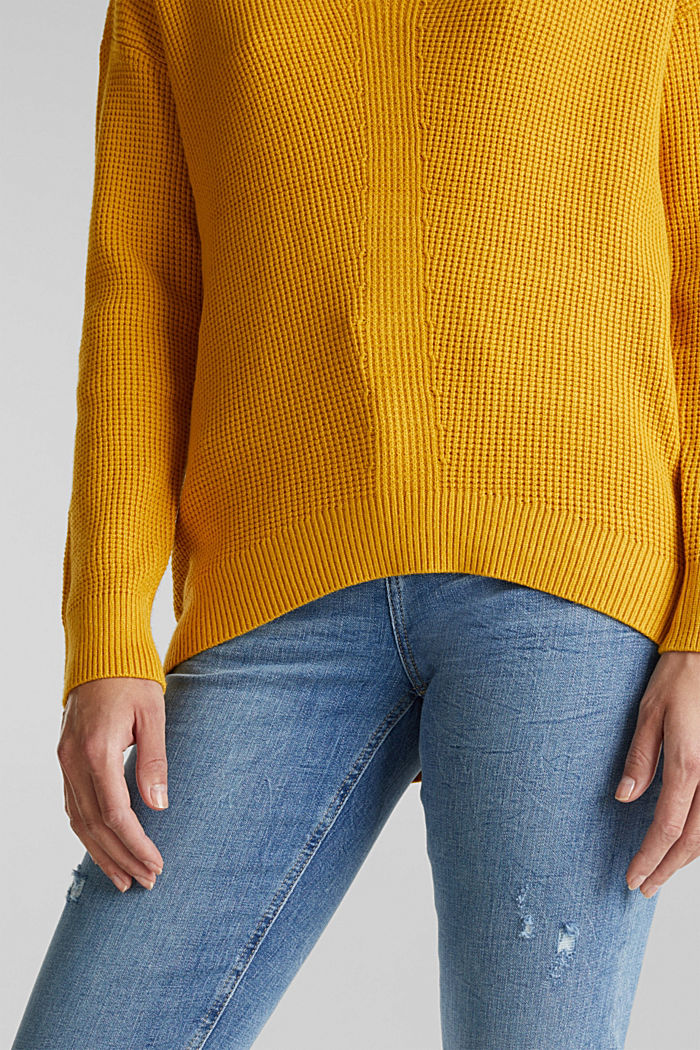 Jumper with a rice grain texture, BRASS YELLOW, detail image number 2