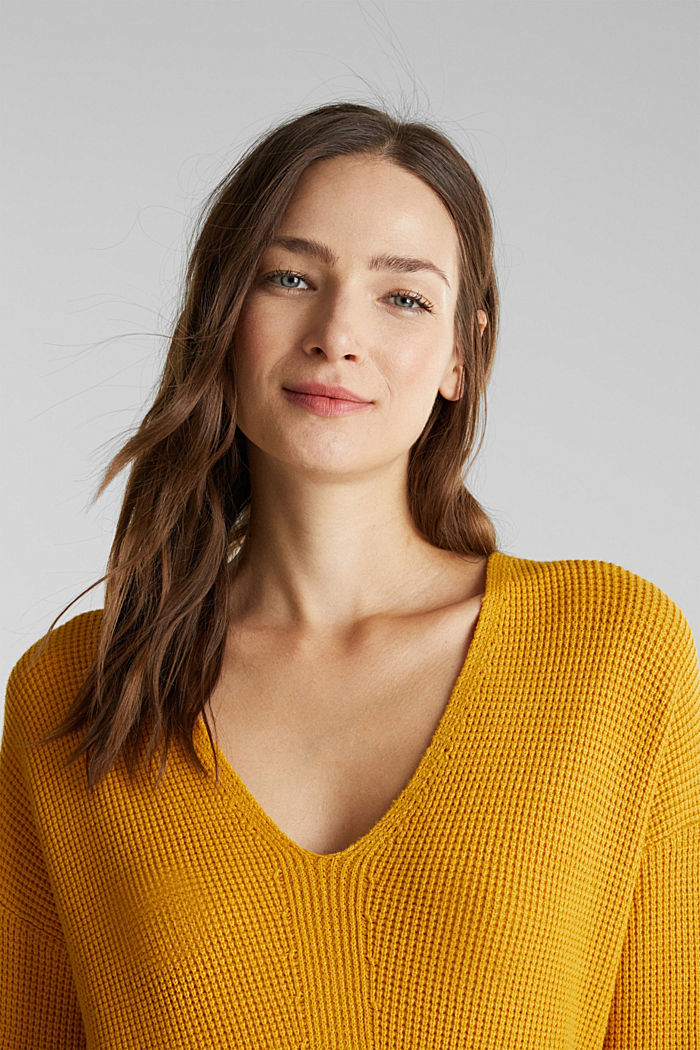 Jumper with a rice grain texture, BRASS YELLOW, detail image number 5