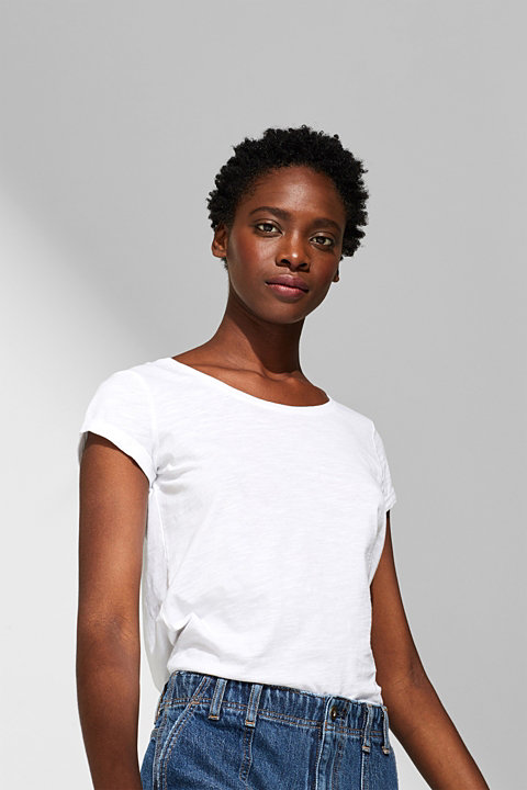 T-shirt containing organic cotton