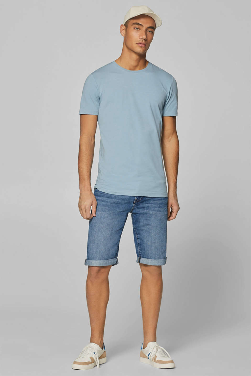 Denim shorts with organic cotton, 100% cotton, BLUE MEDIUM WASH, detail image number 1