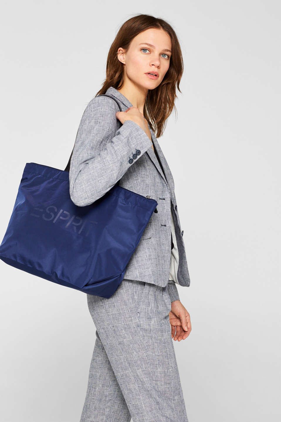 Nylon shopper with a logo print, NAVY, detail image number 1