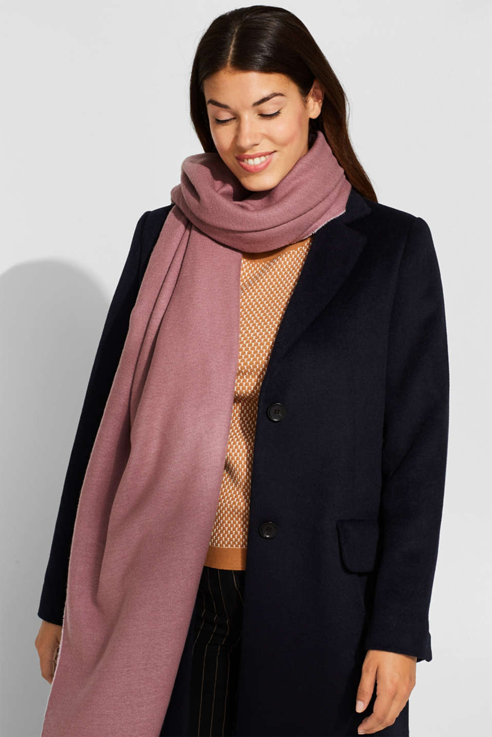 Oversized scarf with fringing, MAUVE, detail image number 1