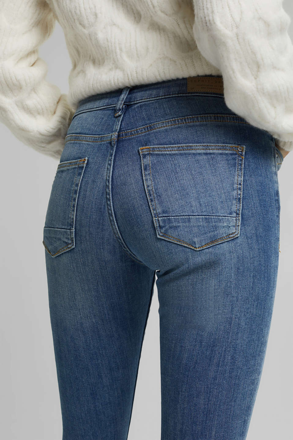 Super stretch jeans with vintage effects, BLUE LIGHT WASH, detail image number 5