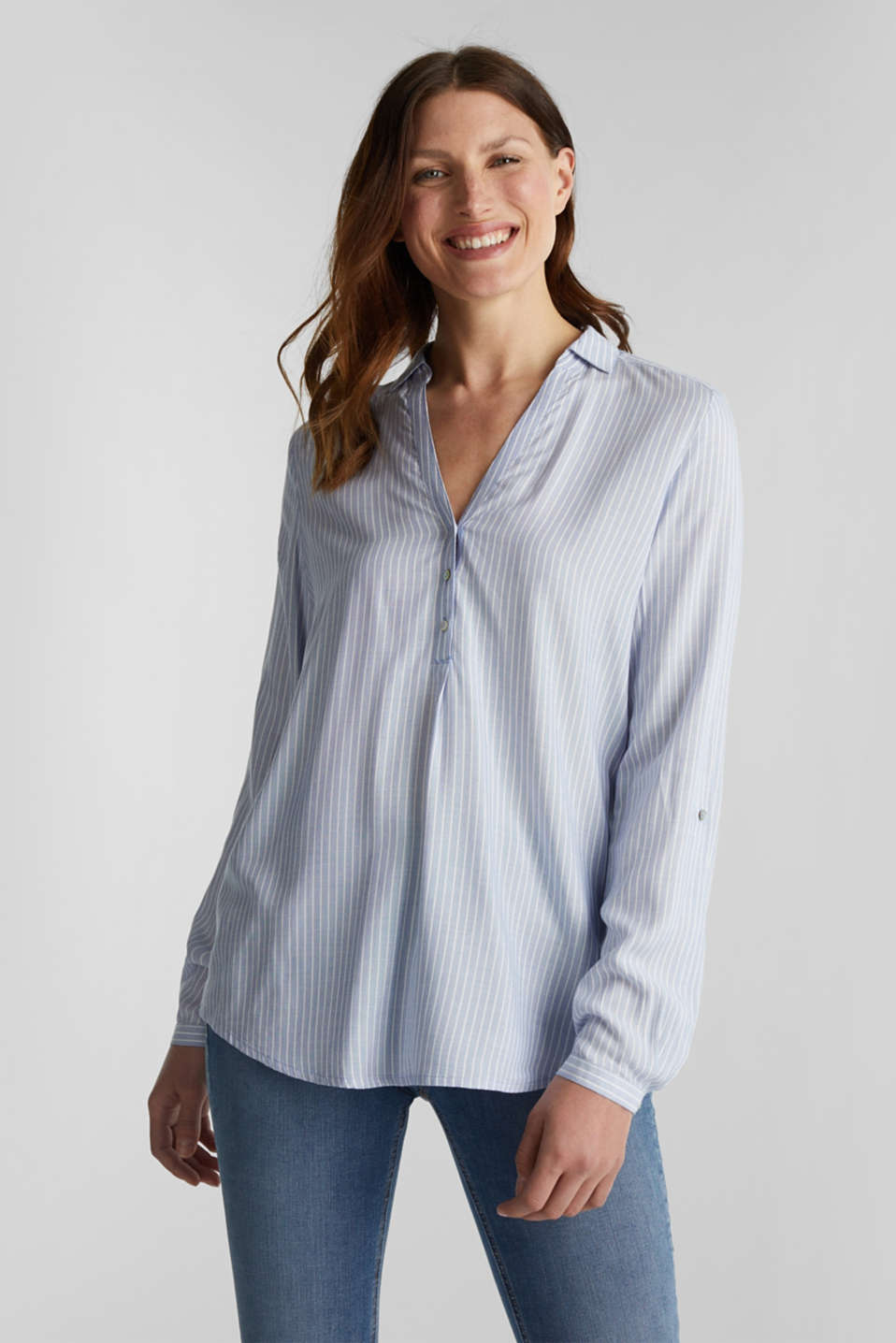 Esprit - Shirt blouse with stripes and turn-up sleeves