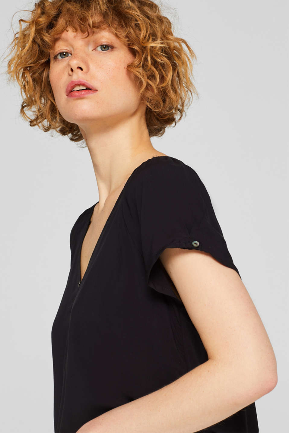 Smock detail V-neck blouse, BLACK, detail image number 6