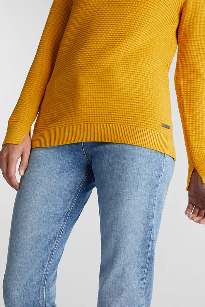 Basic jumper with a ribbed texture, BRASS YELLOW, detail image number 4