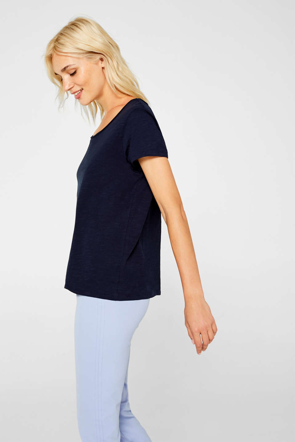 Lightweight slub T-shirt in 100% cotton, NAVY, detail image number 5