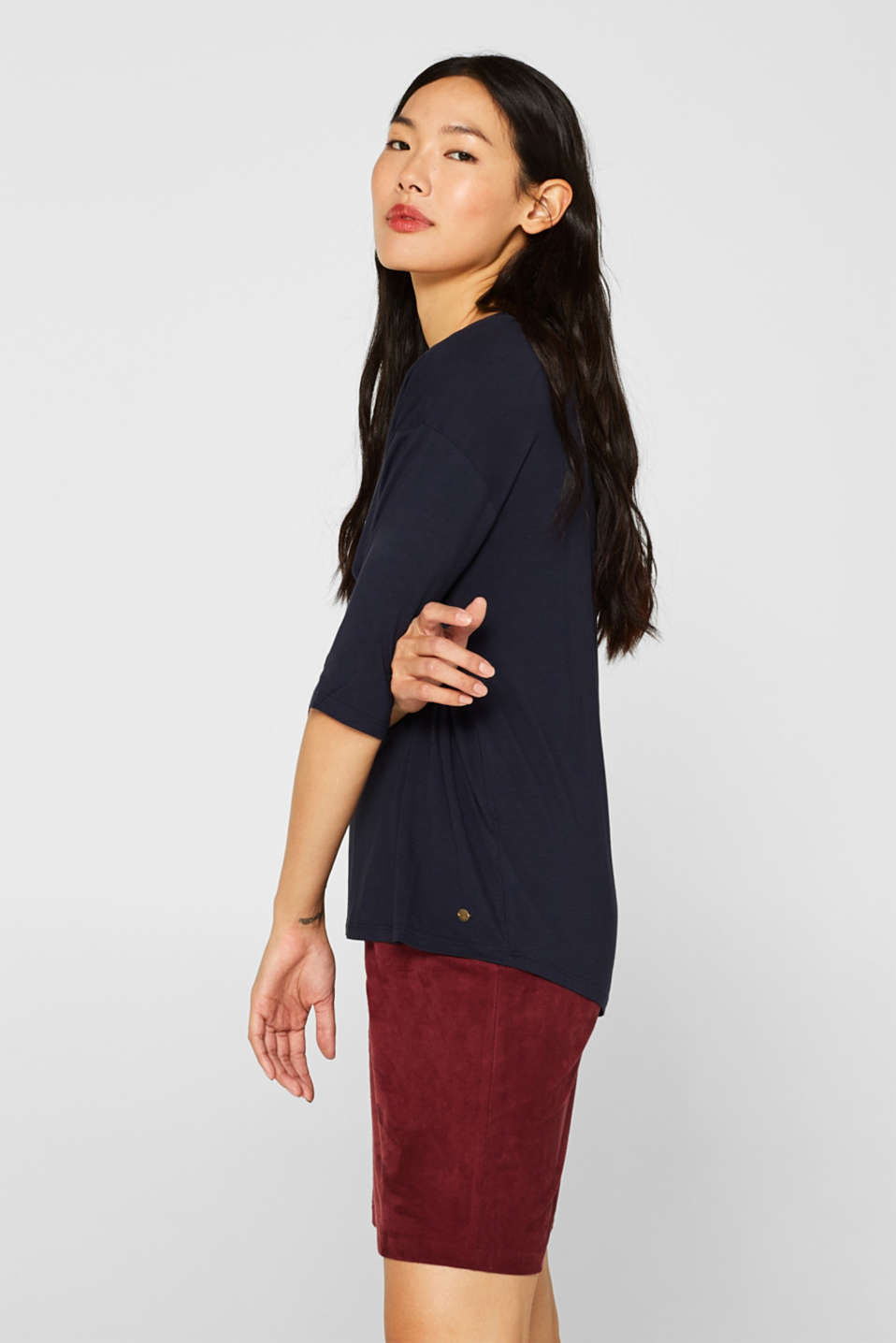 Stretch T-shirt with a V-neckline, NAVY, detail image number 5