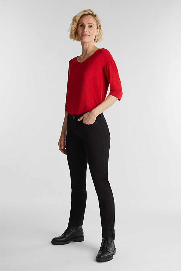 Stretch T-shirt with a V-neckline, DARK RED, detail image number 1