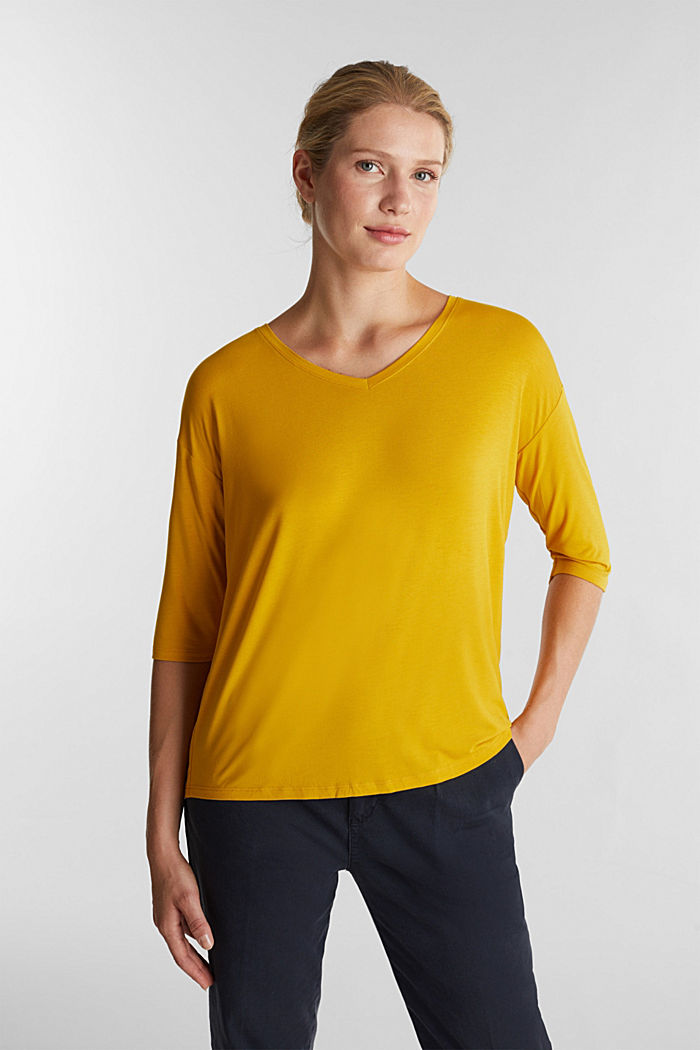 Stretch T-shirt with a V-neckline, BRASS YELLOW, detail image number 0