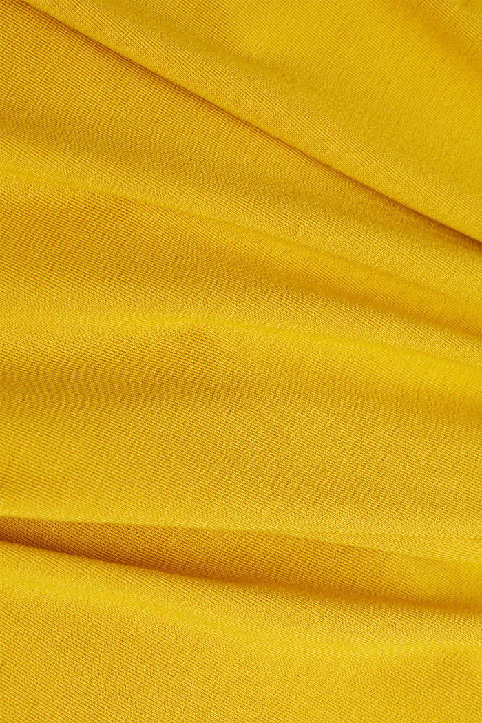 Stretch T-shirt with a V-neckline, BRASS YELLOW, detail image number 4
