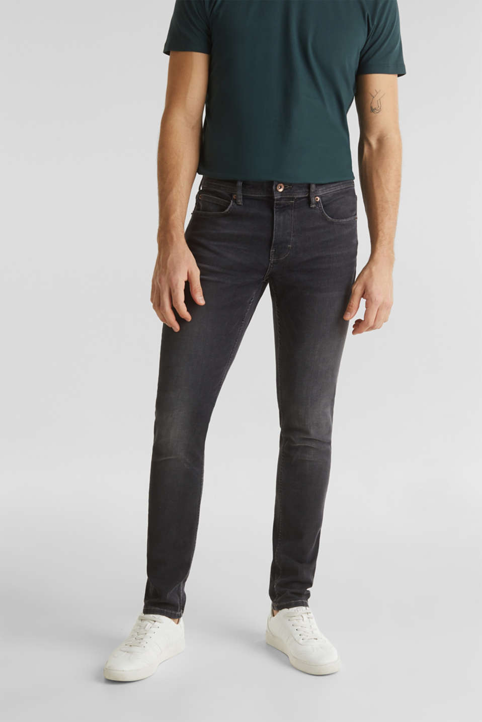 Esprit - Dynamic denim with super stretch for comfort