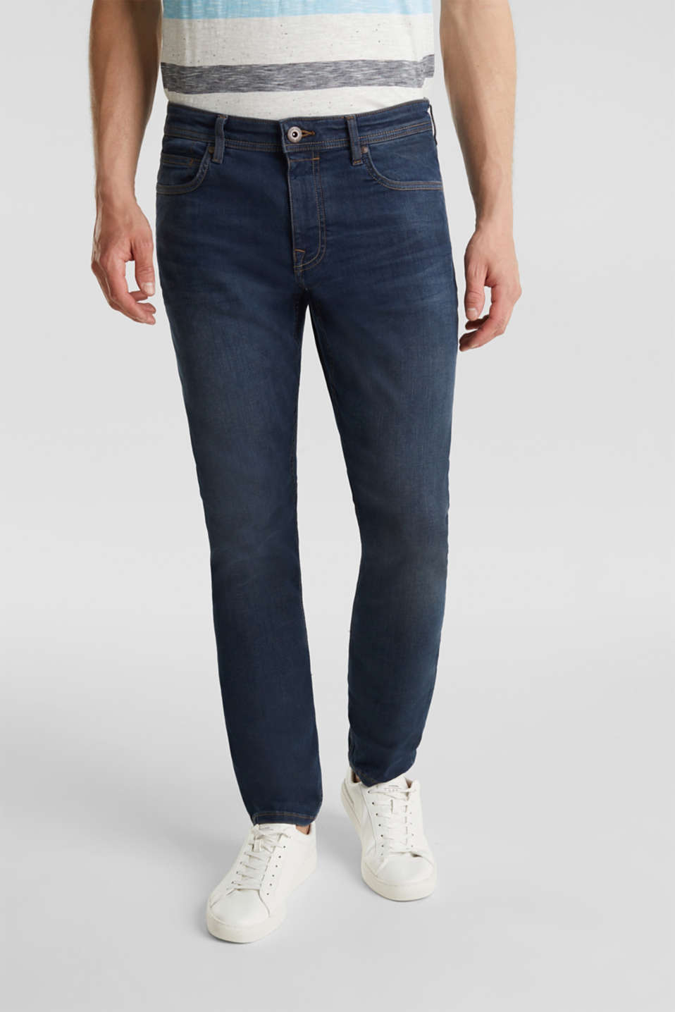 Esprit - Denim met superstretch en washed-out effect