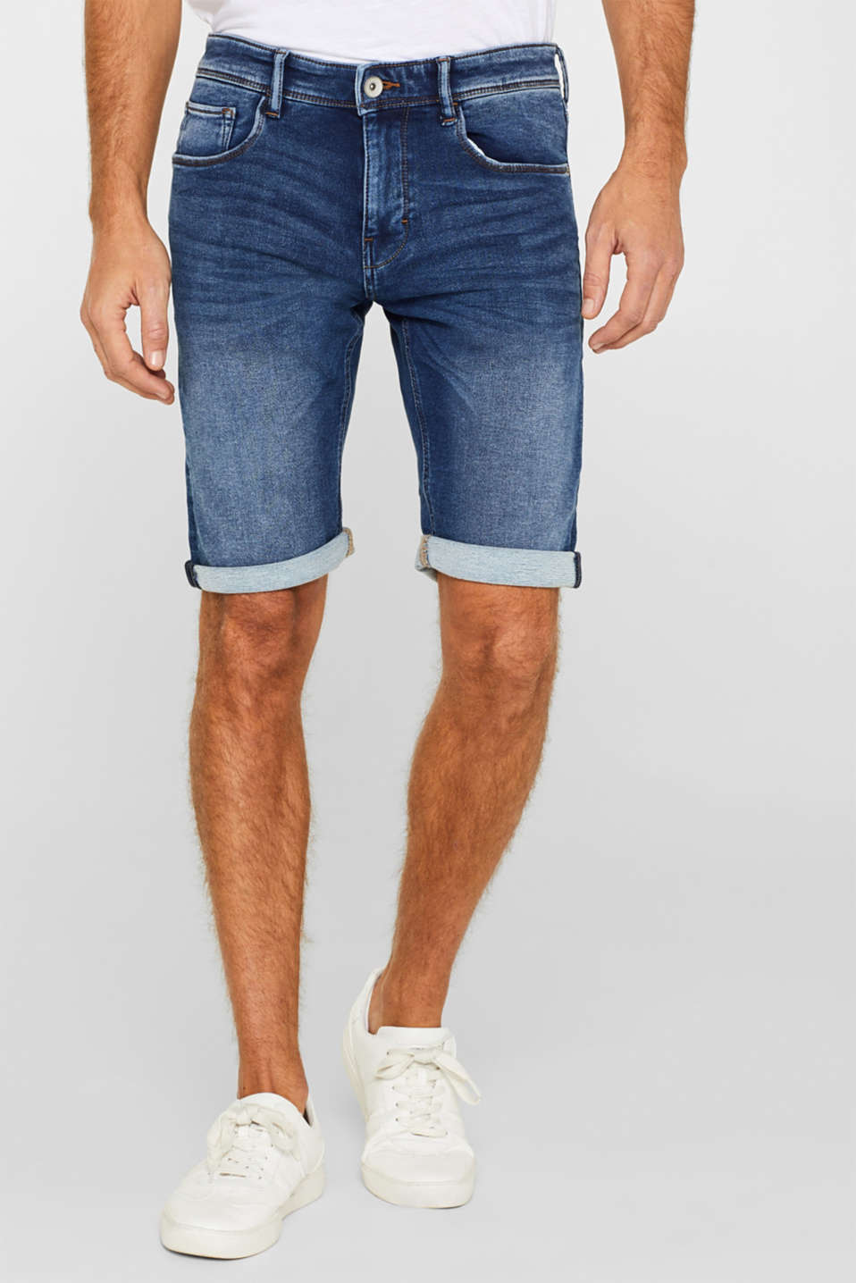 Esprit - Super stretch denim shorts in tracksuit fabric