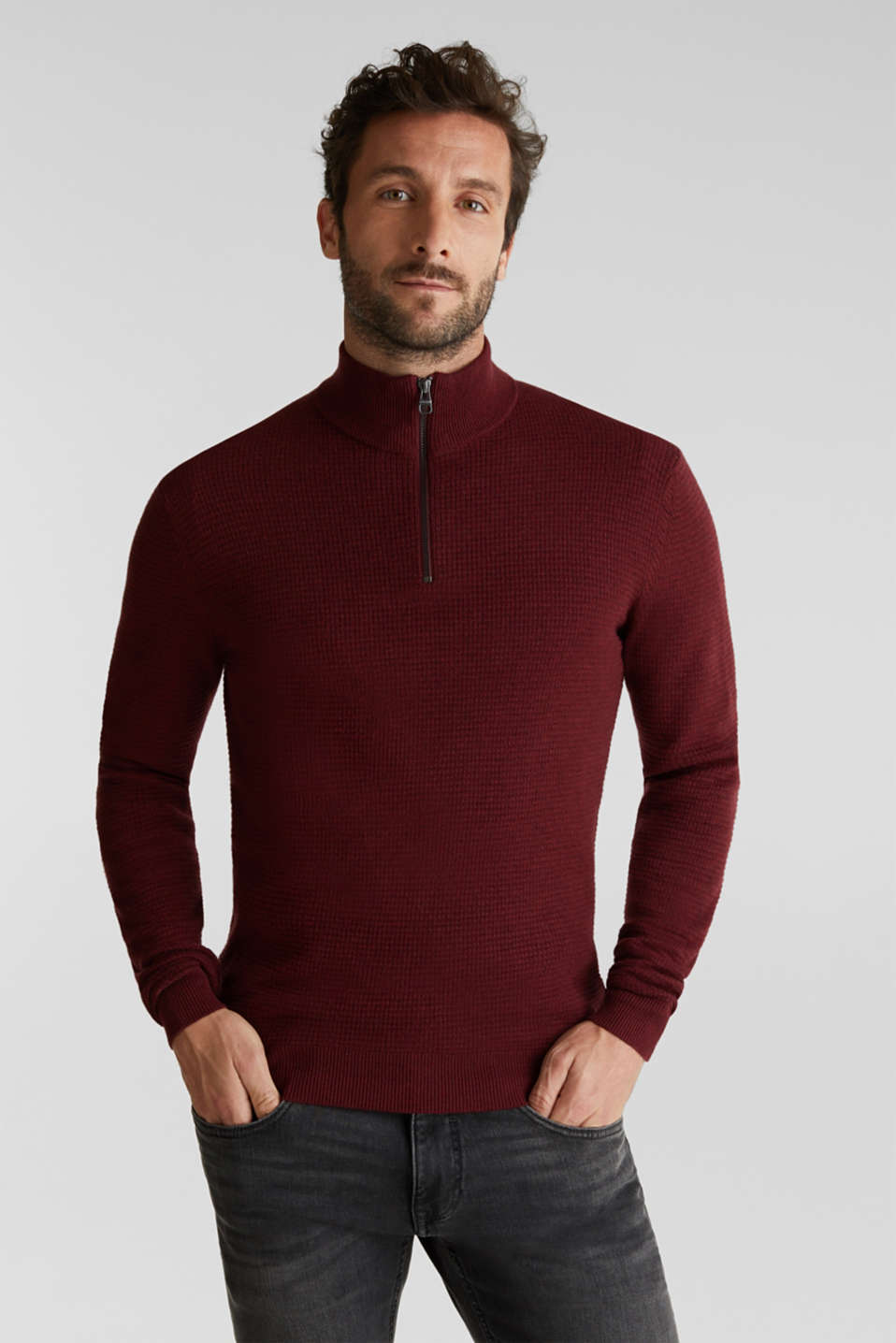 With cashmere: Textured knit jumper, DARK RED, detail image number 0